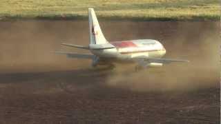 Video 737-200 with Thrust Reversers download MP3, 3GP, MP4, WEBM, AVI, FLV Juni 2018