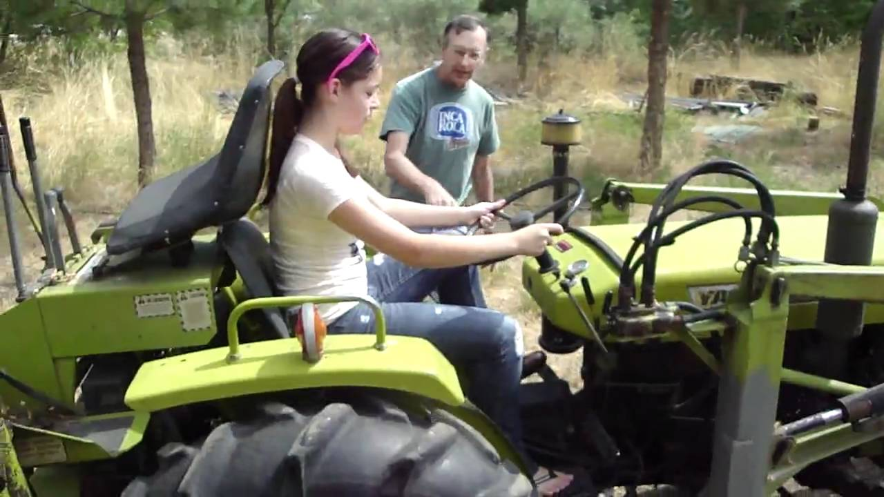 Funny Tractor Driving In Oregon - Youtube-3927