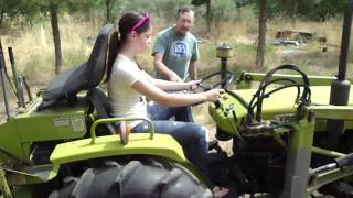 Funny Tractor Driving in Oregon