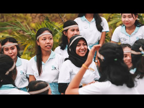 Overcoming Indonesia's Patriarchal Society    As Told By Women
