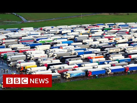Queues of lorries remain in Kent …