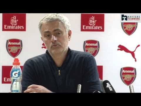 Mourinho comically digs out Arsenal supporters