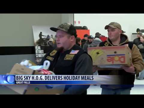 Motorcycle group makes holiday meal deliveries