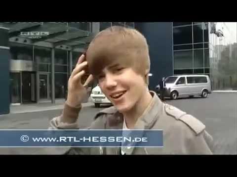 Justin bieber walks into glass door full clip youtube justin bieber walks into glass door full clip planetlyrics Choice Image