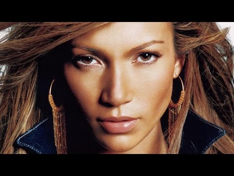 Top 10 Iconic Female Singers Of The 2000s