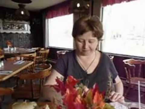 Green Acres The Idea Girl Says - Blogger Linda Randall Eats Yummy Garden Salad
