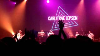 "Carly Rae Jepsen - ""Boy Problems/This Kiss"" - Live at Cornell University, Ithaca (11/1/15)"