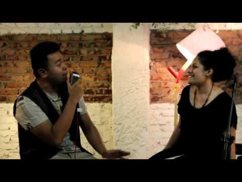 Tulus feat. Grace Sahertian - Tuan Nona Kesepian
