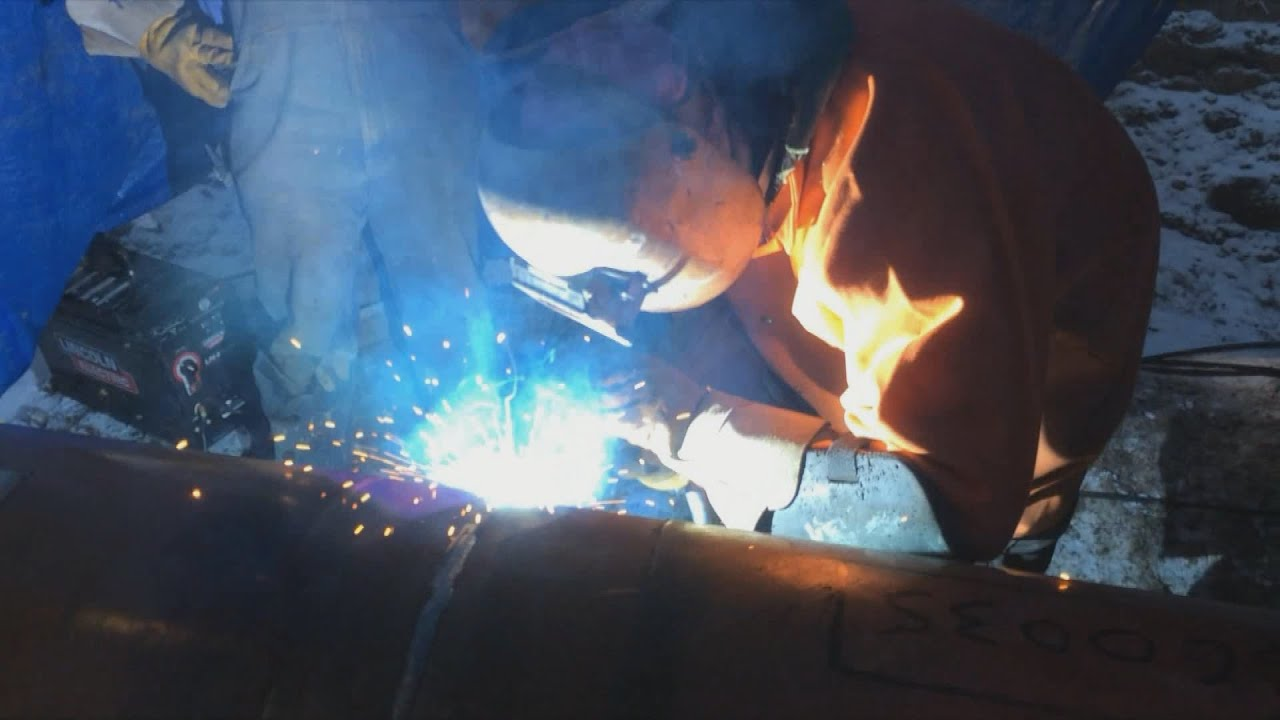 Pipeline Welding - 16 Inch Flux Core Fill And Cap - YouTube