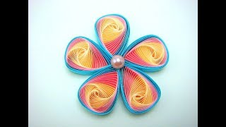 Triangle Twist Quilling flower tutorial