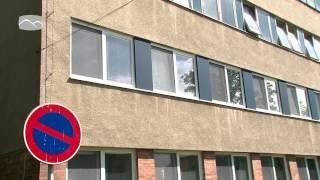 Z okna vsetínské nemocnice vypadla seniorka