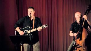 Jack Vreeswijk med band på Glötegården spelar Streets of Laredo