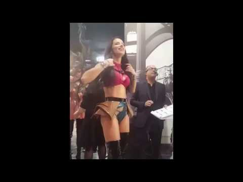 Victoria's Secret fashion show 2017 Adriana Lima preparing to hit the runway