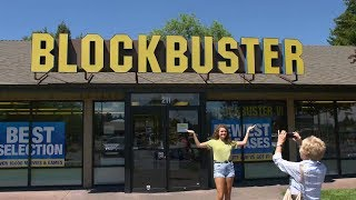 Visiting America's last Blockbuster store