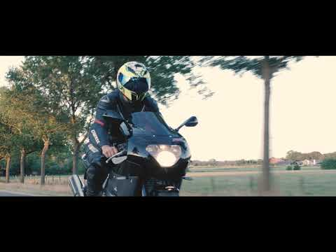 Aprilia RSV Mille vs. Yamaha ZF-R1