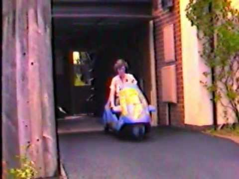 Sinclair C5 Electric Micro Vehicle - battery-assisted tricycle July 1985