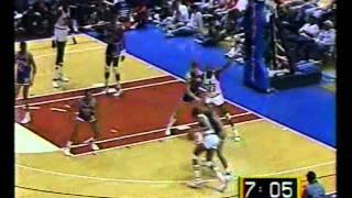 Manute Bol's 4 Dunks vs. Knicks (10pts/10rebs/6blks) (1988)