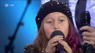 Sarah and The Kelly Family - An Angel - Das große Sommer Hit Festival - (ZDF 12.11.2017)