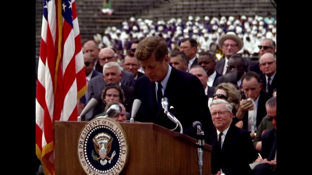 john kennedy moon speech Before what was at the time touted as the largest crowd ever to hear a political speech, john f kennedy john fitzgerald kennedy of landing a man on the moon.