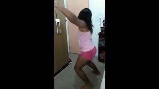 Minha Filha Dançando Onda Onda🌊🌊
