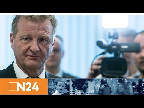 Pressestatement: NRW-Innenminister Ralf Jäger zur Festnahme des BVB-Bombers