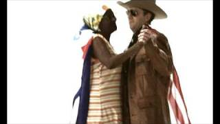 """JARABE DE PALO - """"LA FLACA"""" (versión 2009) """"Orquesta Reciclando"""""""