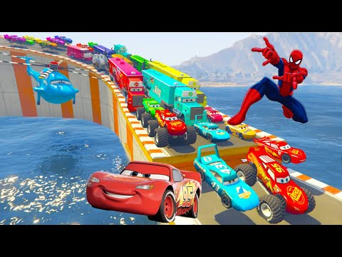 Cars 3 Dinoco McQueen Hot Wheels Mega Ramp Stunt Challenge Jump #Spiderman |