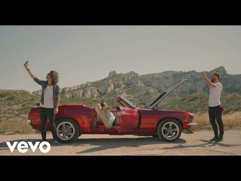 Mozambo - Mozambo - Papercut ft. Dionne Bromfield (Official Video) ft. Dionne Bromfield