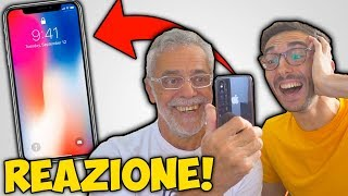 LA REAZIONE DI MIO PADRE ALL\'IPHONE X! (Face Id, Animoji, Siri)