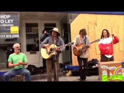Phat Bollard - When Life Gets You Down - Busking In Bath 24/04/2015