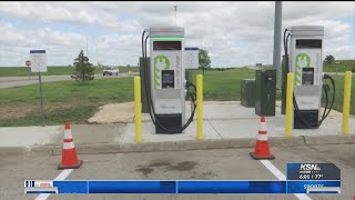 Electric car owners now have new places to stop along the Kansas Turnpike