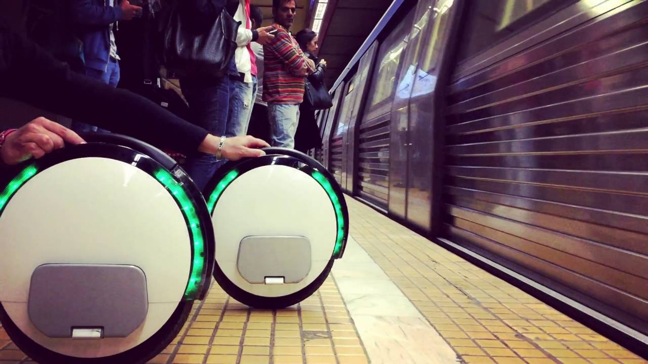 Ninebot One S2 by Segway - Explore the city