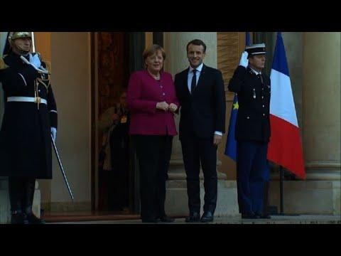 Emmanuel Macron reçoit Angela Merkel à l'Elysée