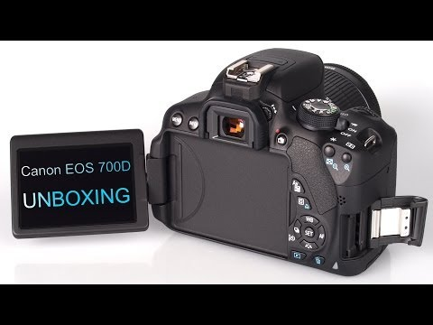 Canon EOS 700D 18-55mm STM IS Lens Kit Unboxing & First Look