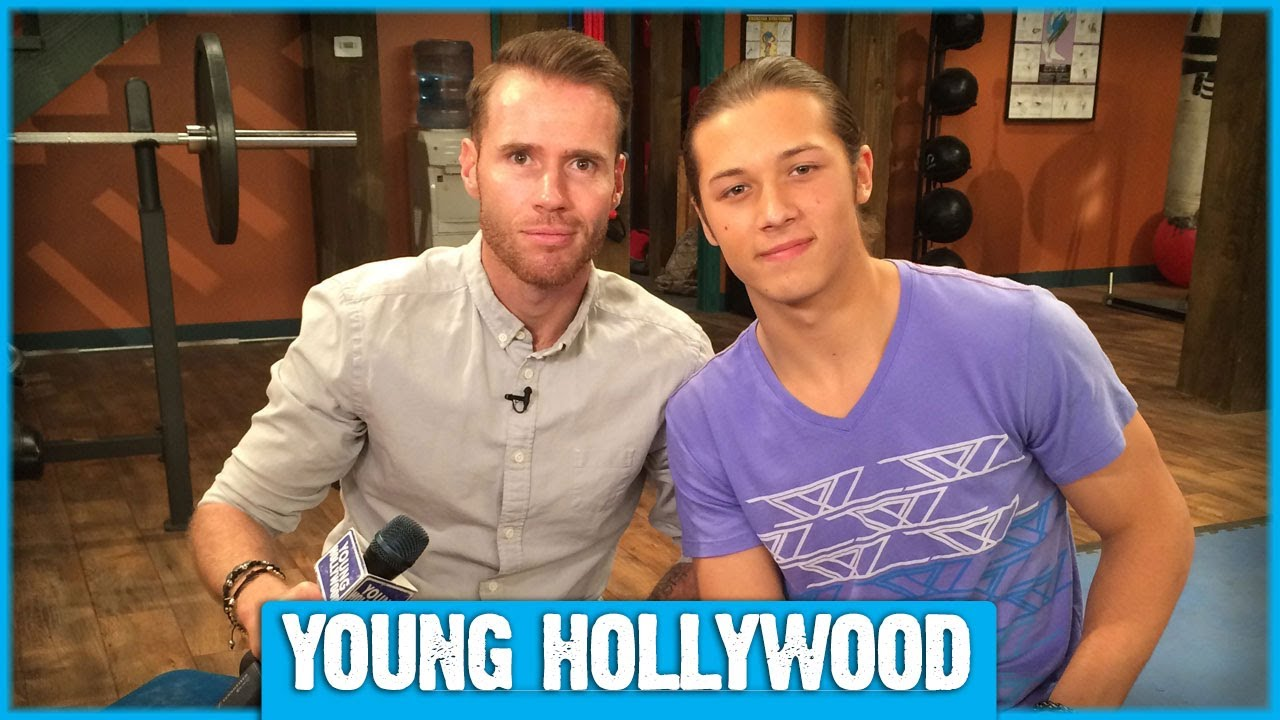 Kickin its leo howard gives us an exclusive set tour youtube kristyandbryce Gallery