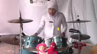 Video Wann Zeen Drummer - GOYANG DUMANG download MP3, 3GP, MP4, WEBM, AVI, FLV Juli 2018