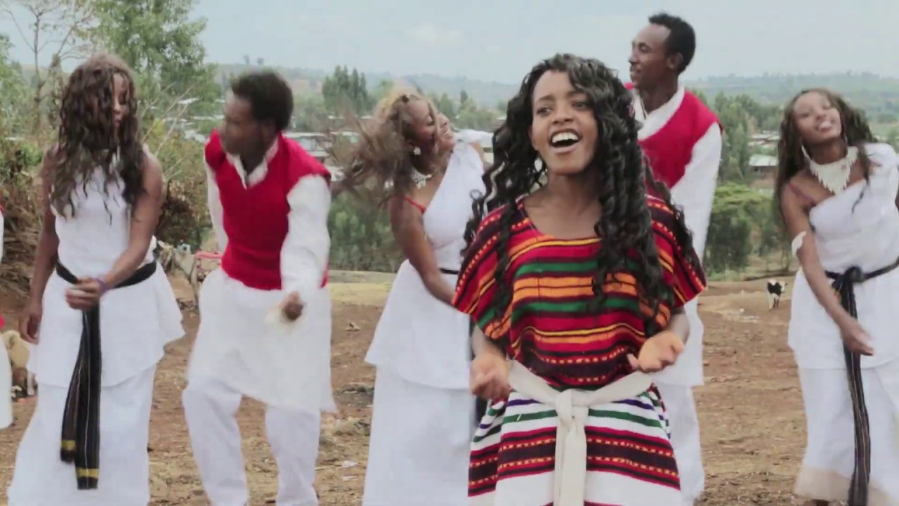 Download New 2020 Ethiopian weeding song Affan Oromoo Official video (MISIRRO) by Hawii Magarsaa music clip