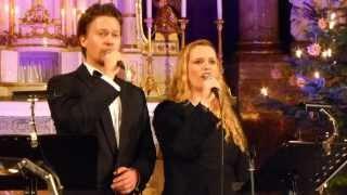 Oswald Saer und das Duo Valerie & Marian singen Rose