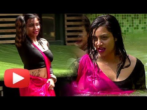 Arshi Khan In Wet Saree, Bandgi, Hina Khan, Benafsha BIKINI Act | Bigg Boss  11 | Review