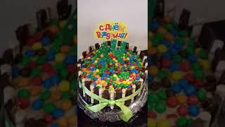 Торт из KitKat и M&Ms своими руками. Дочке на 14 лет