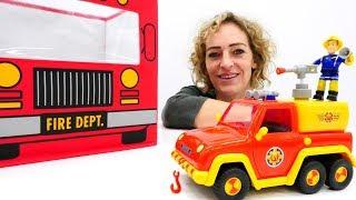 Spielspaß mit Feuerwehrmann Sam. Spielzeugvideo für Kinder.