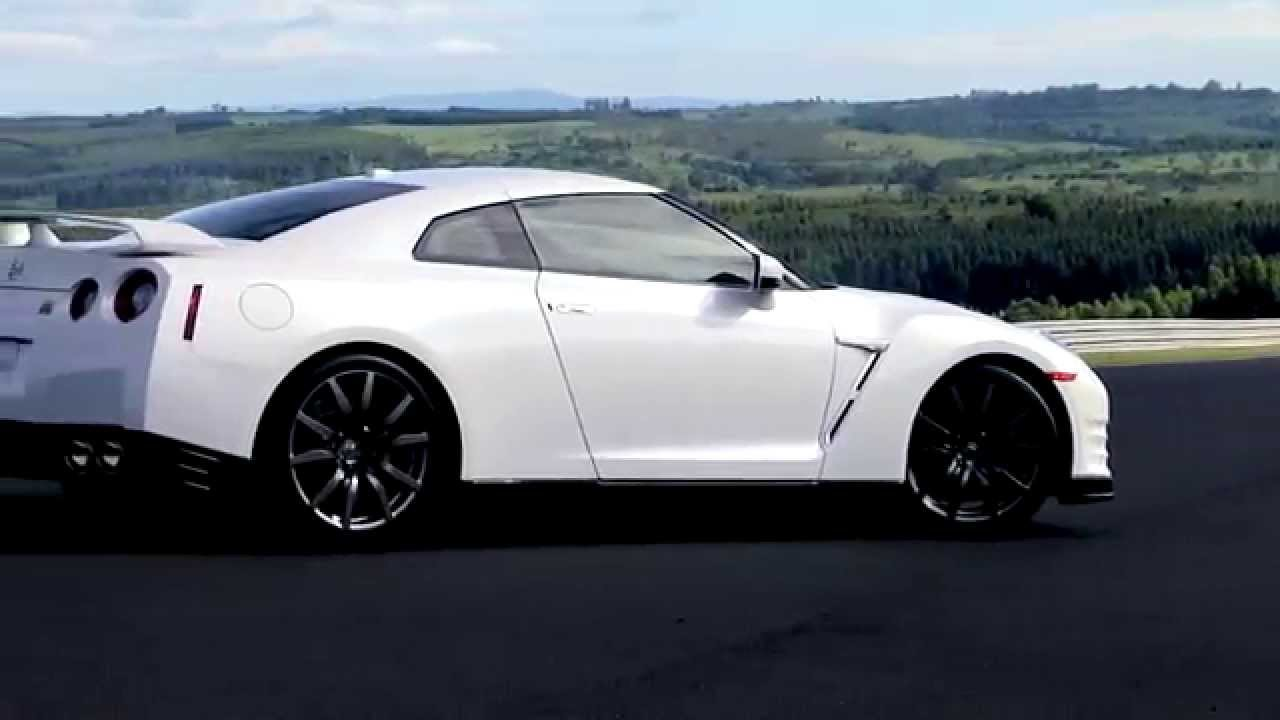 aceleramos o nissan gt r 39 godzilla 39 2015 que pode chegar ao brasil youtube. Black Bedroom Furniture Sets. Home Design Ideas