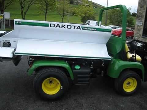 John Deere Gator >> JOHN DEERE PROGATOR & DAKOTA TOP DRESSER REF 3001 - YouTube