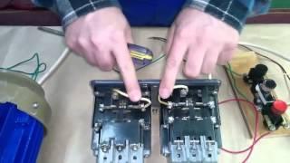 Схема реверса на двух пускателях.(Изменение направления вращения асинхронных электродвигателей можно осуществить с помощью двух пускателе..., 2015-01-29T06:00:01.000Z)