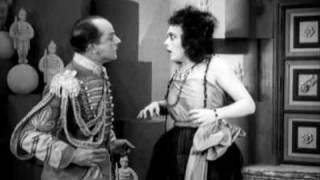 """Paul Heidemann und Pola Negri aus """"Die Bergkatze"""" von E. Lubitsch (1921)"""