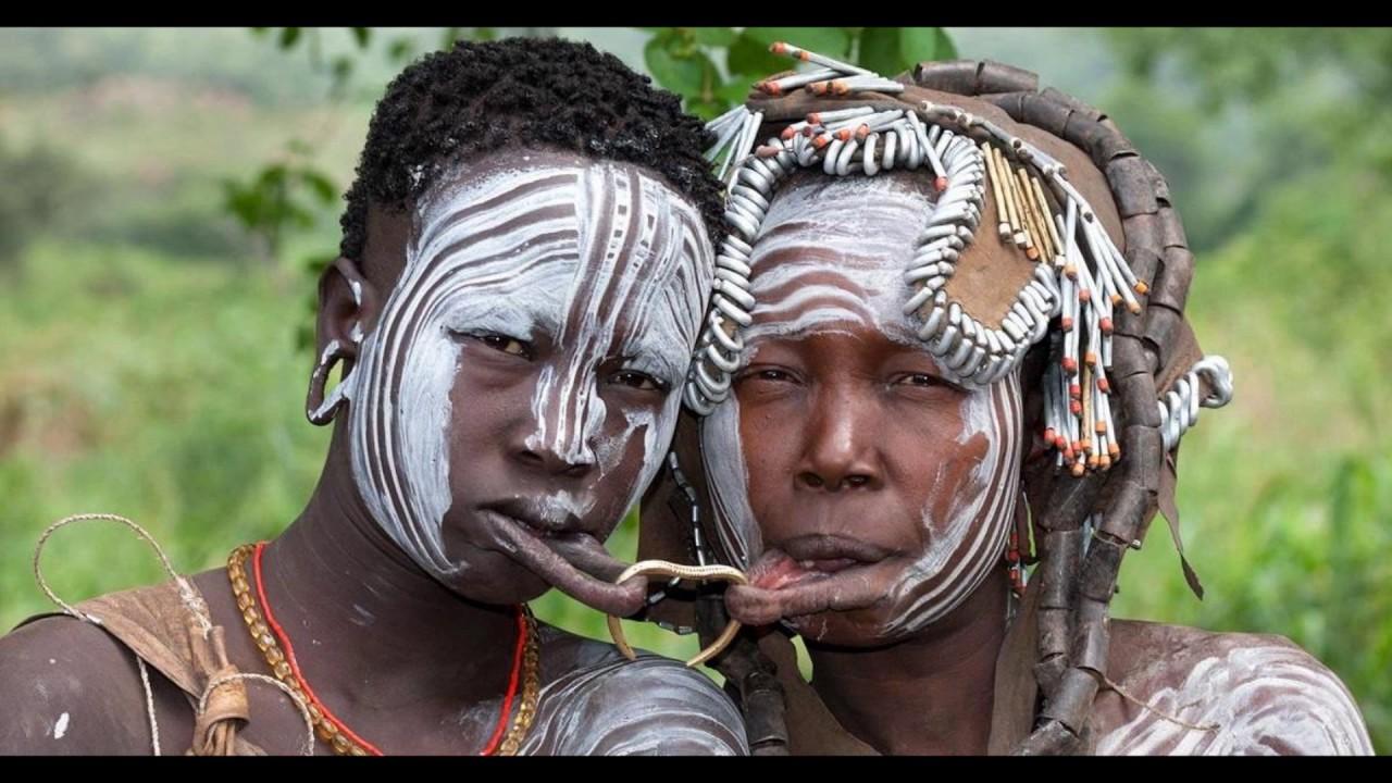 Видео дикие племена голые