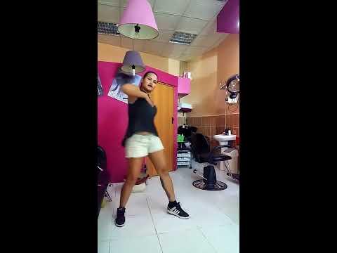 Suma El Radio Choreograph by: FitDance