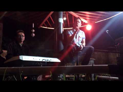 2D - Keraguan - cover by SAKTI with Arif Arfaz on keyboard