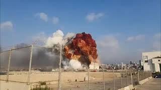 Взрыв в Беруйте, последние новости, кадры последствий катастрофы с места событий.