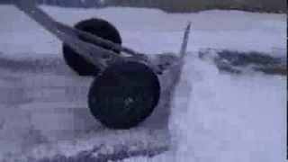 ручная уборка снега(, 2013-12-12T16:03:00.000Z)